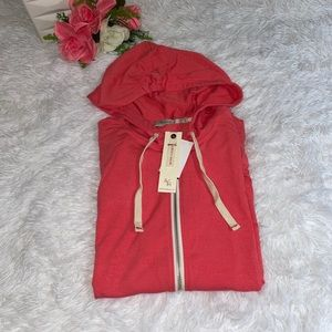 Abbot Main woman's sweatshirt hoodie medium NWT